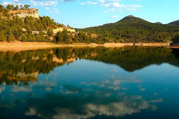 - Laguna de Uña -